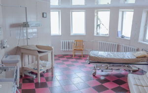 2-gallery_onmh_birth-house
