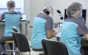 41-CPG-analysts-biotexcom-at-work